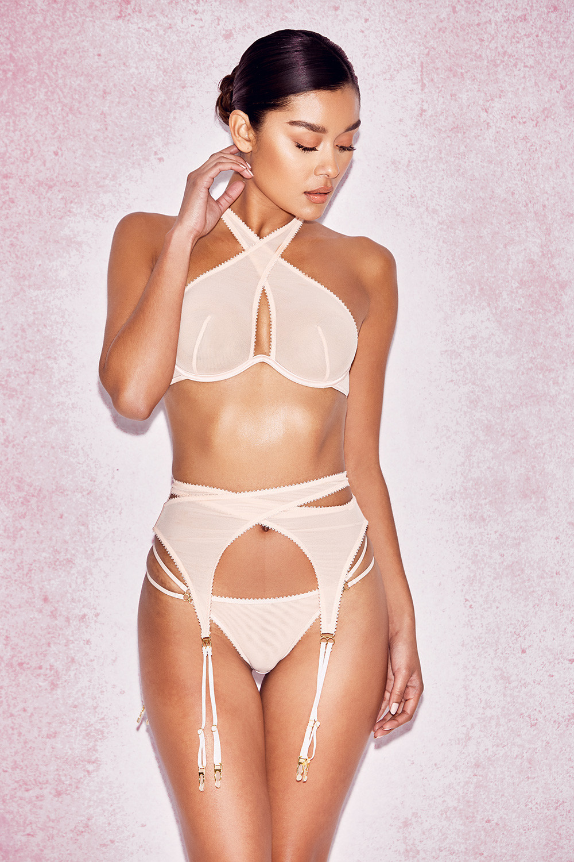 Ashley Wyatt Nude Photos