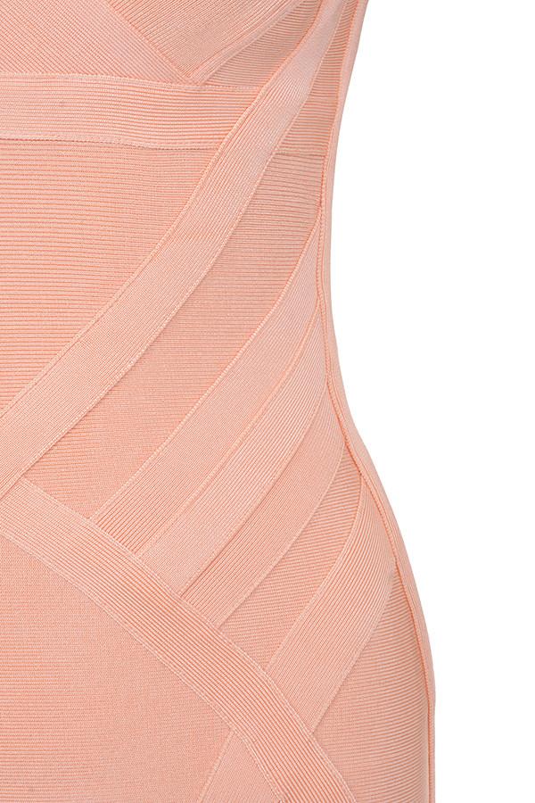 Kleidung : Bandage Kleider : `Bendita` Pfirsichfarbenes Bandage ...