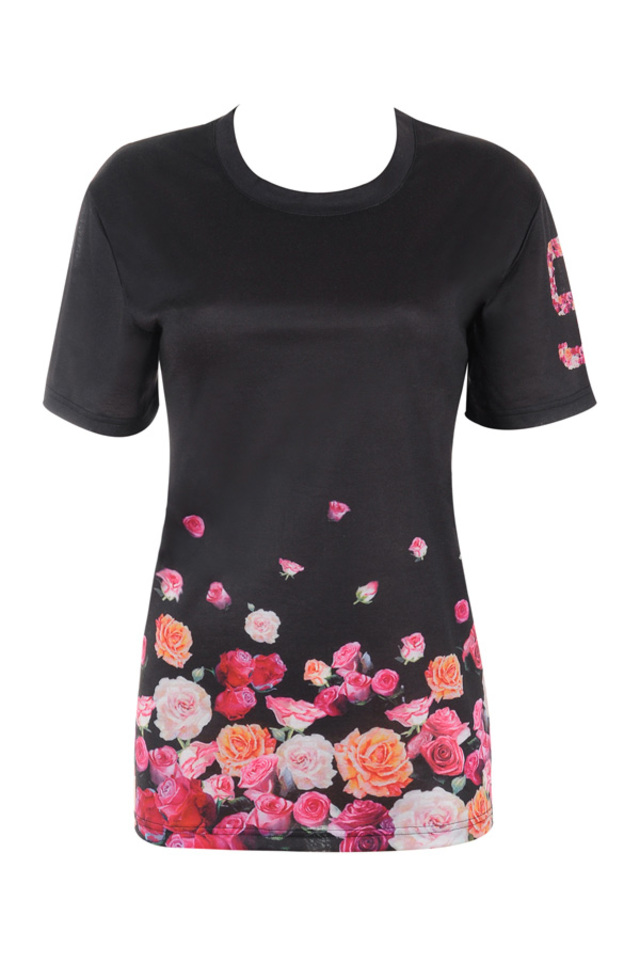 the raya t shirt in black and floral