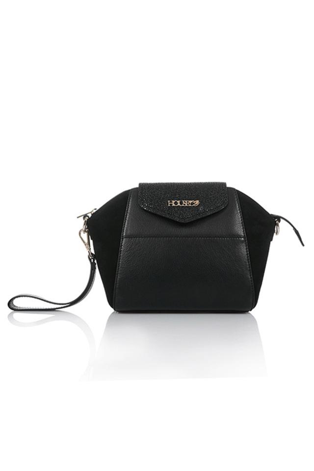 absolute bag in black