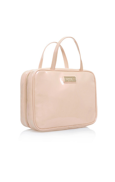 toiletry case nude