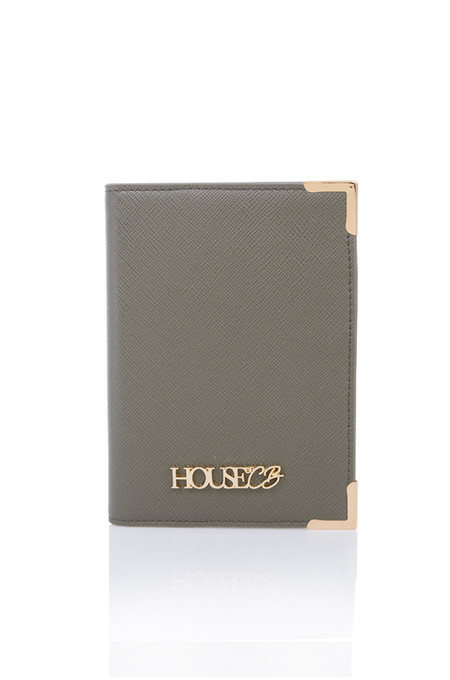 HOUSE OF CB PASSPORT HOLDER IN MOCHA