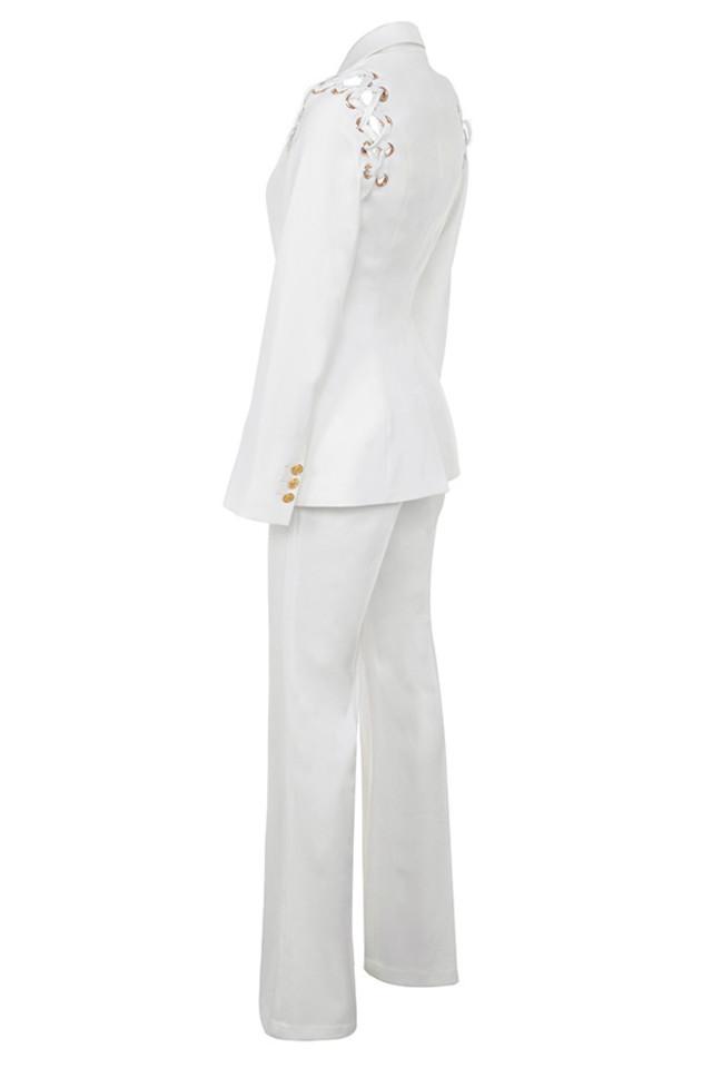 nayeli in white