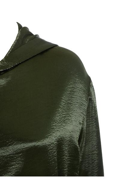 khaki marca