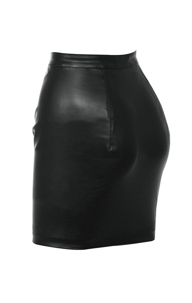 miali in black