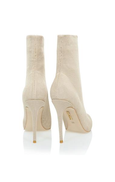 sakura heels in stone