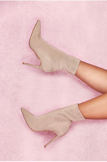 Sakura Stone Bandage Rib Ankle Boots