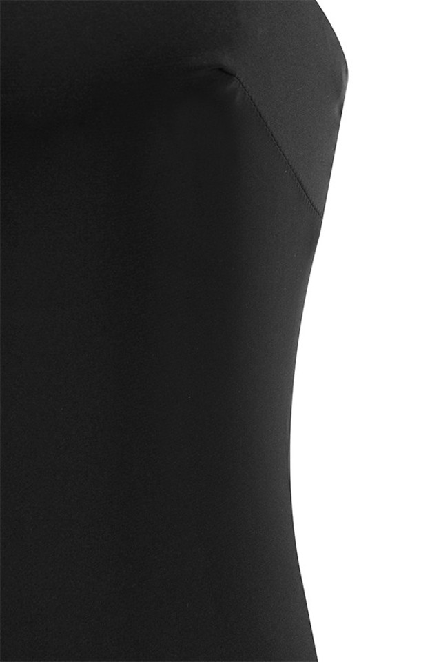 black tosci dress