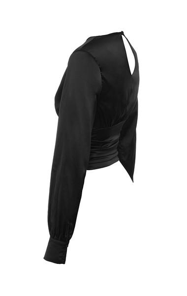 emelle in black