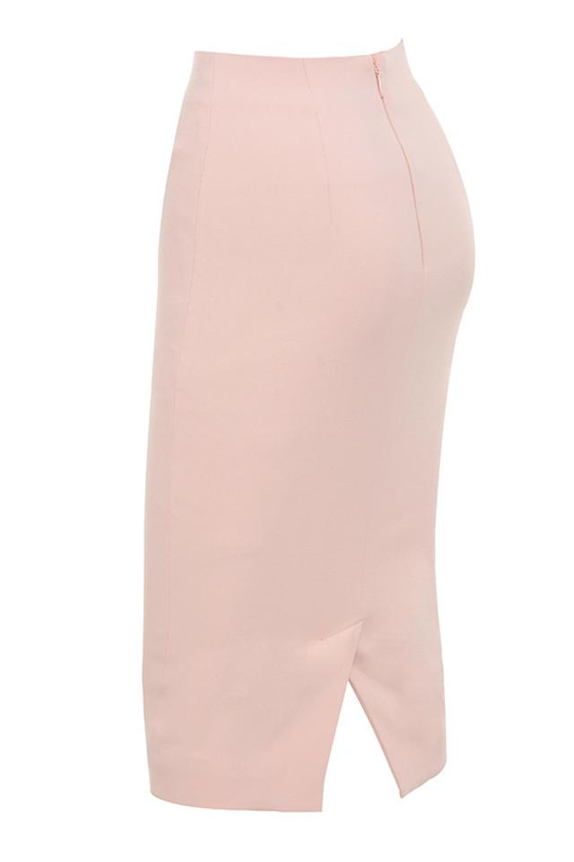 tamla in pink