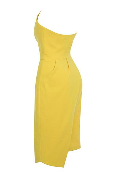 uma in yellow