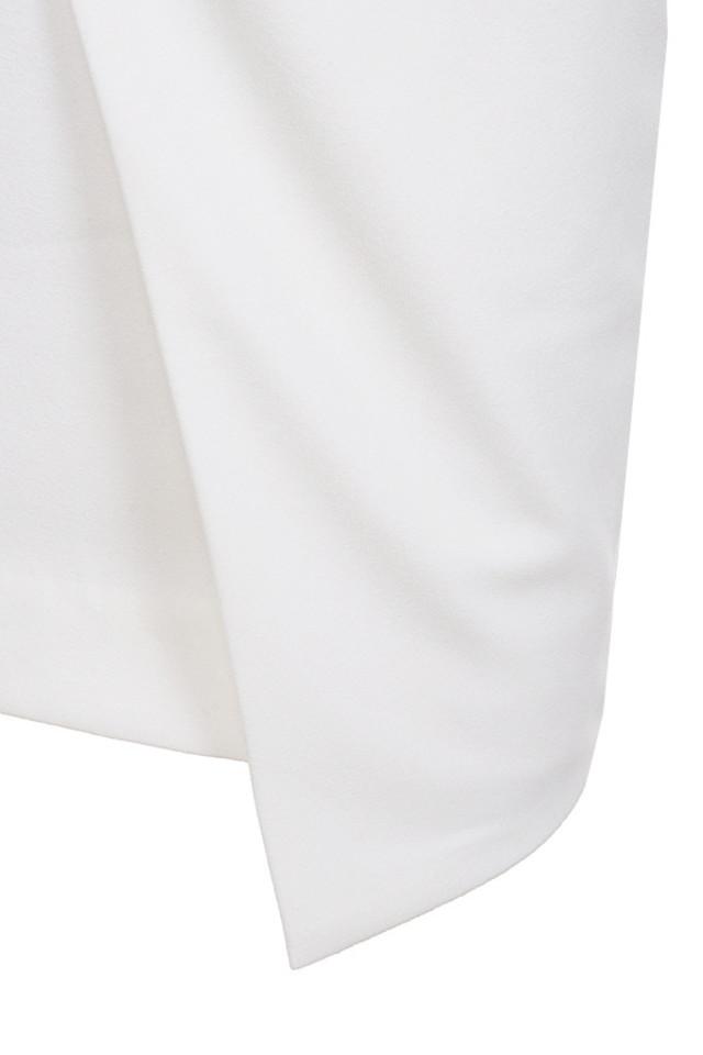 uma white dress
