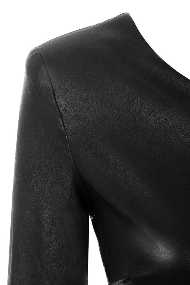 black fenela