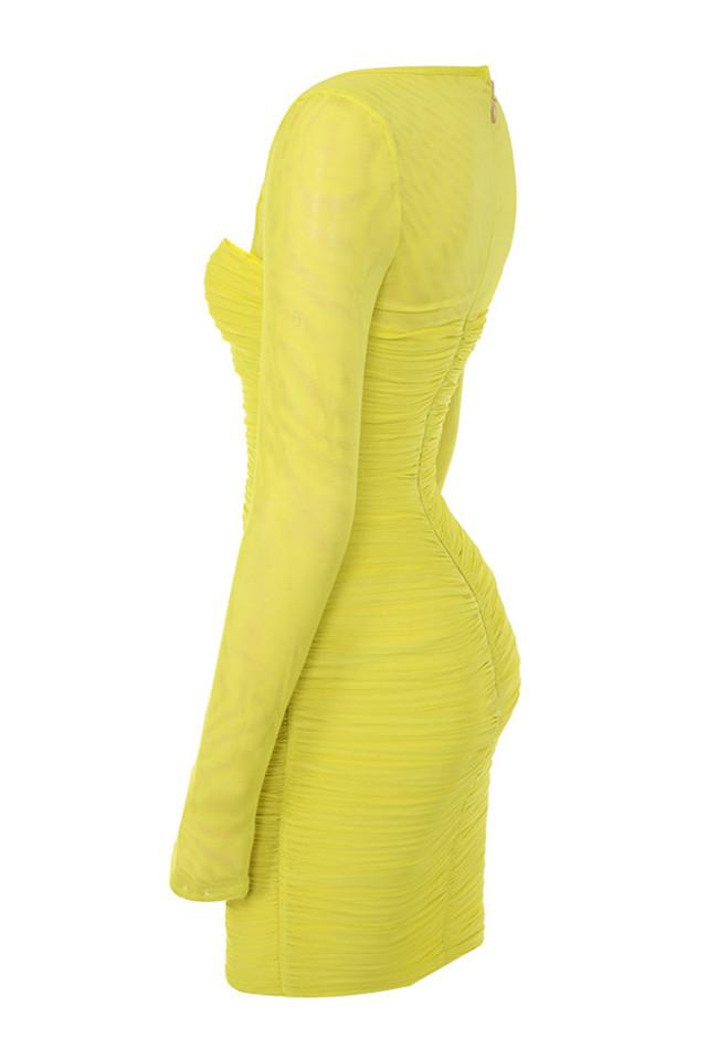 valentina in yellow