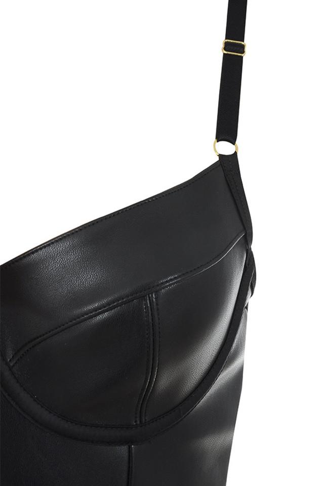 carla bodysuit in black