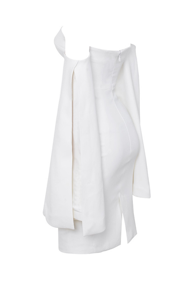 rhea in white