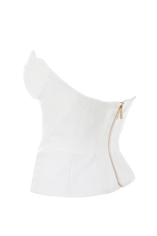 simone in white