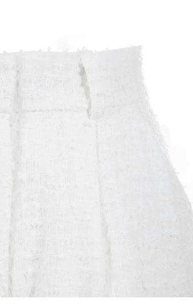 white soraya