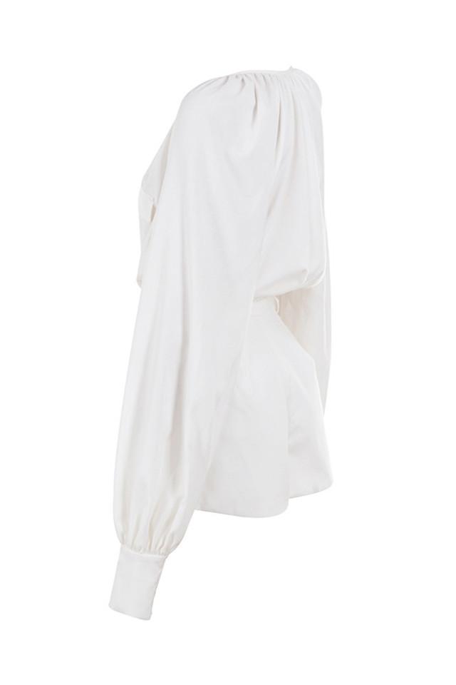 arora in white