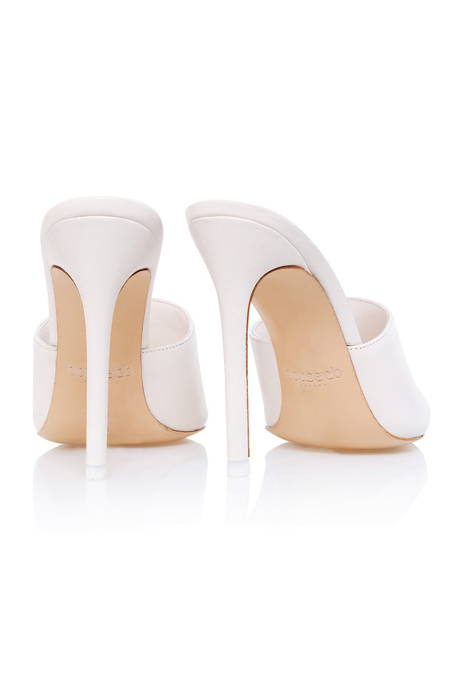 andromeda heels in white