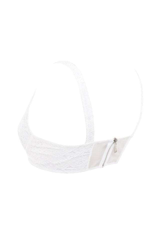 lita in white