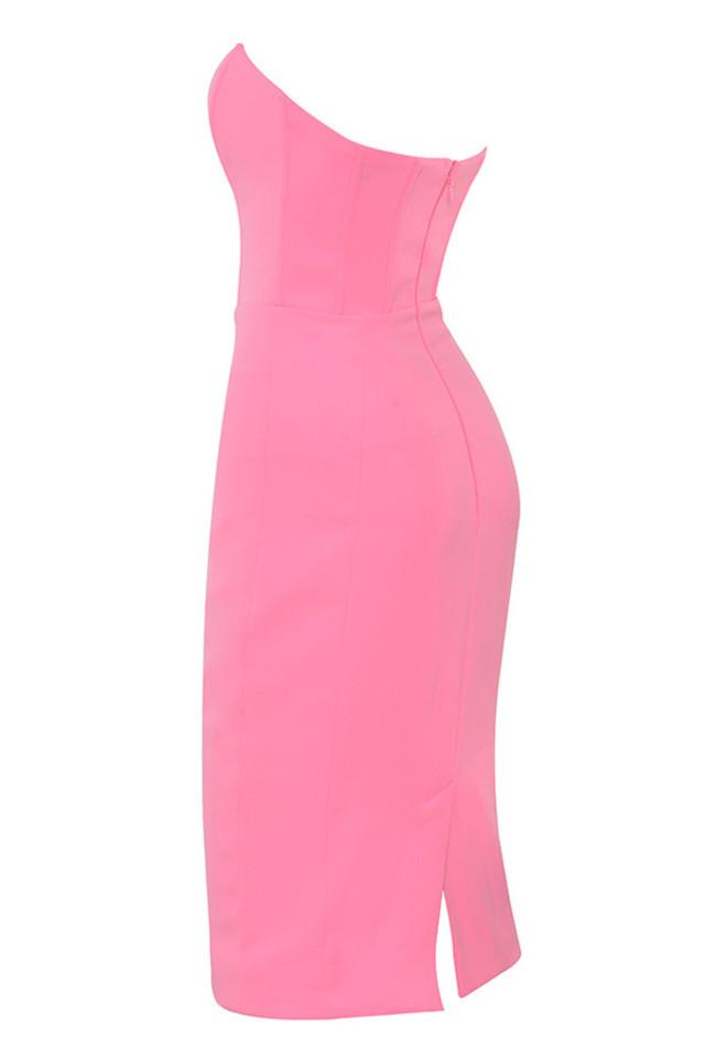 niaz in pink
