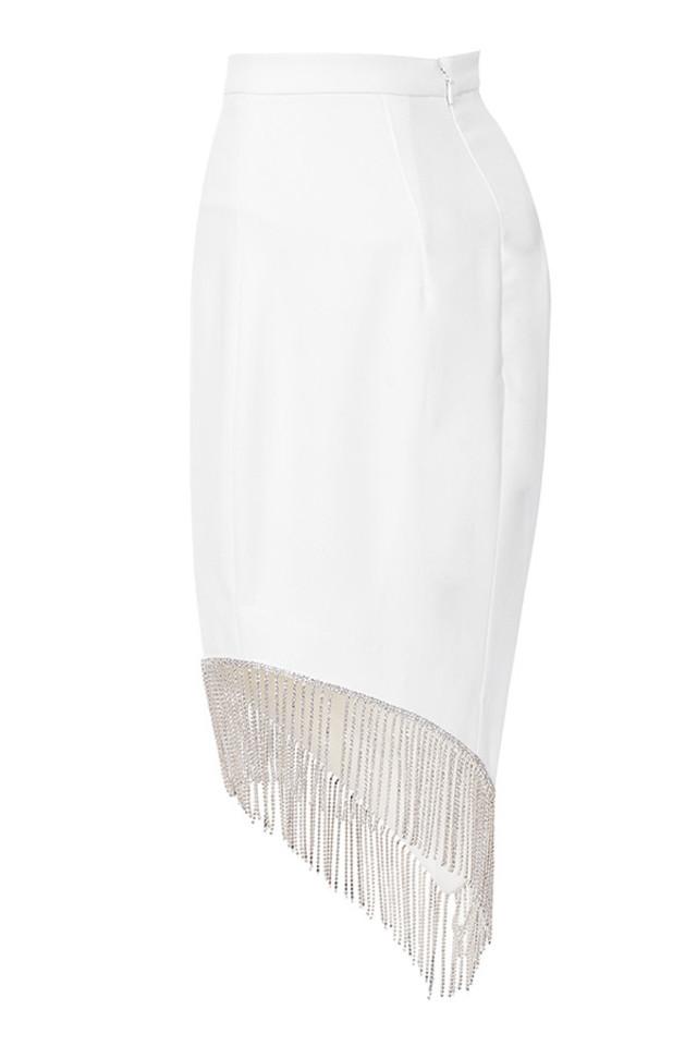 zoia in white
