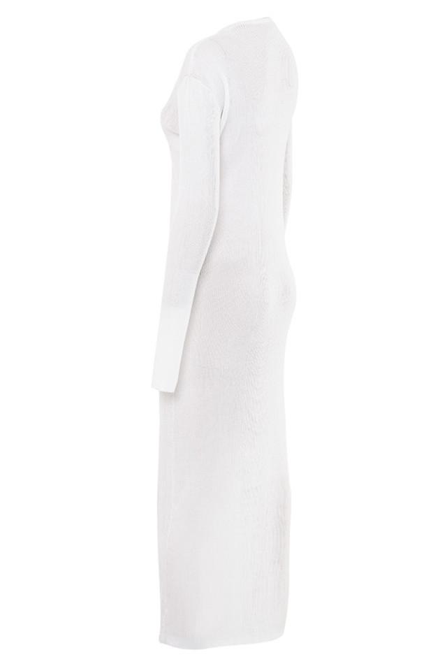 erelle in white