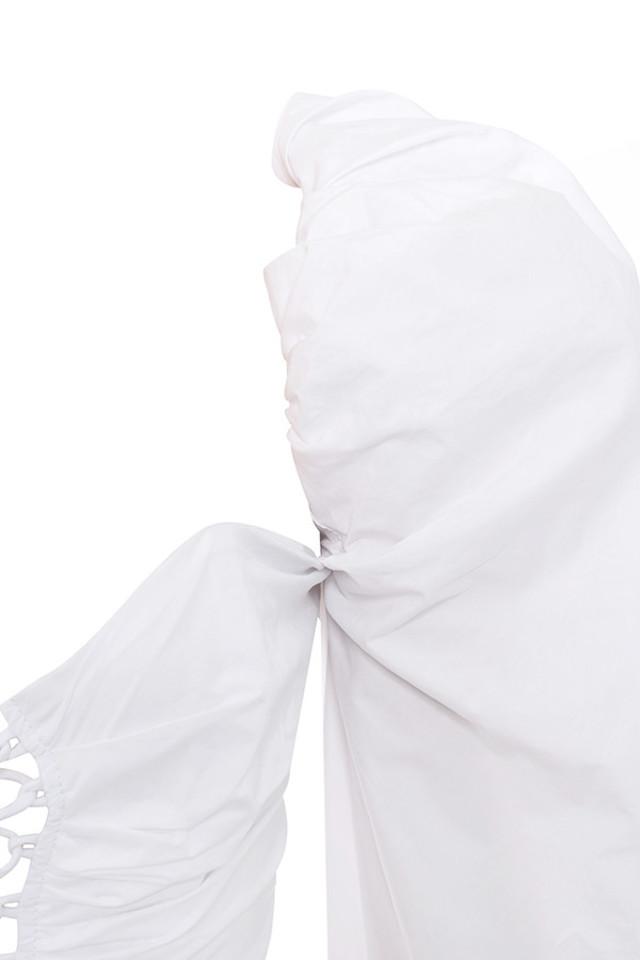 white lillianna