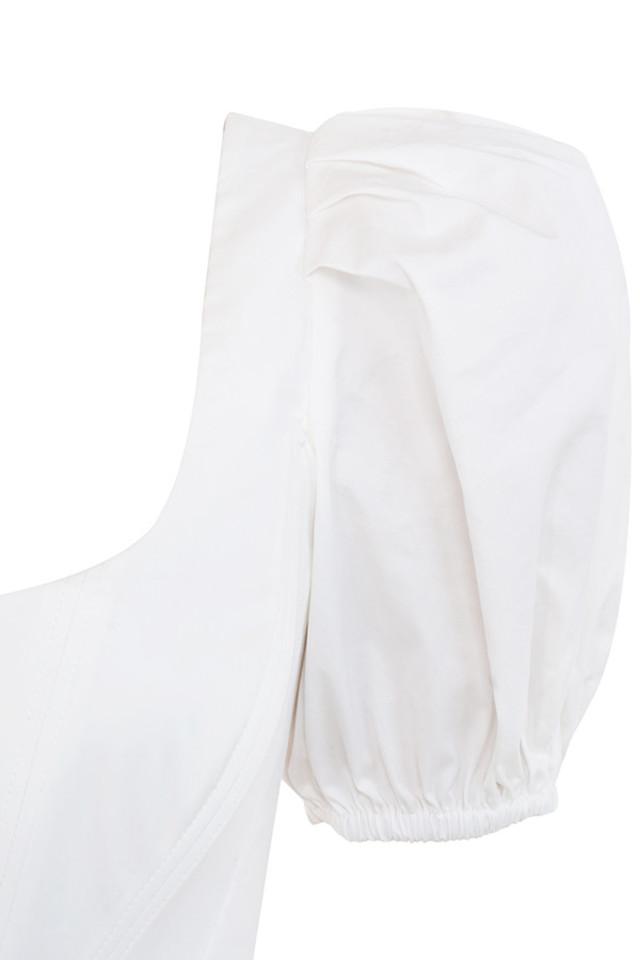 white maura