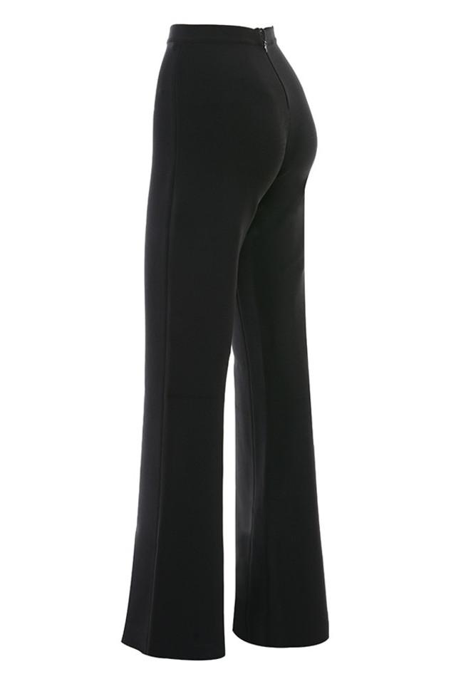 natalia in black