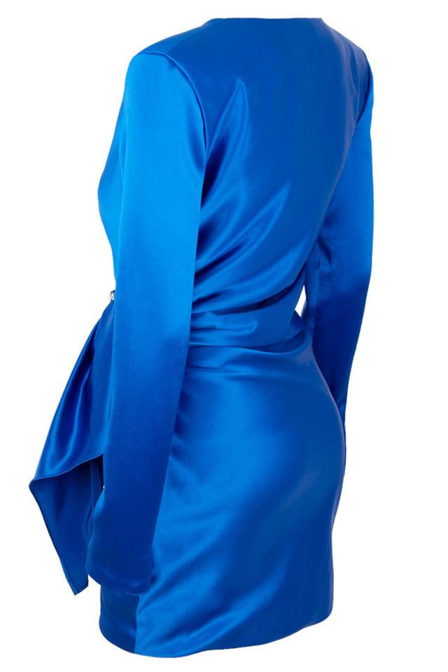 henrietta in blue