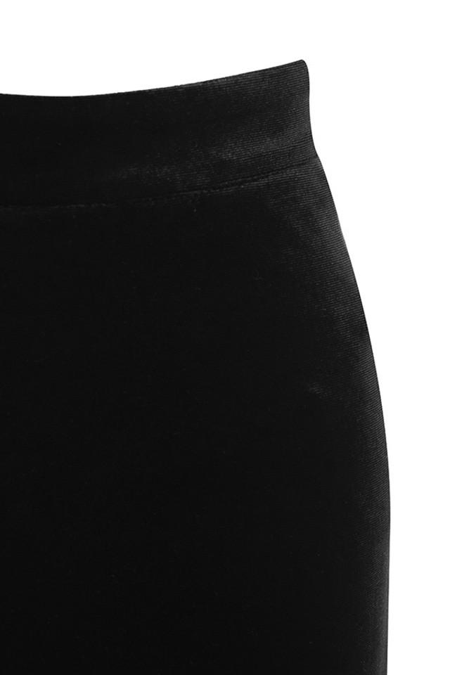 black rihanna