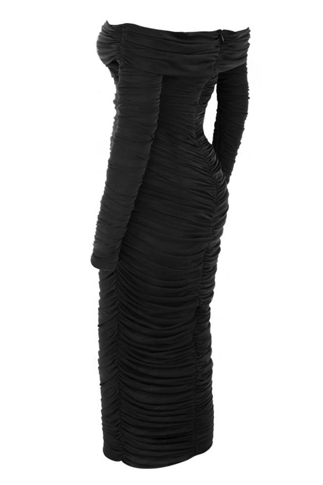 anais in black