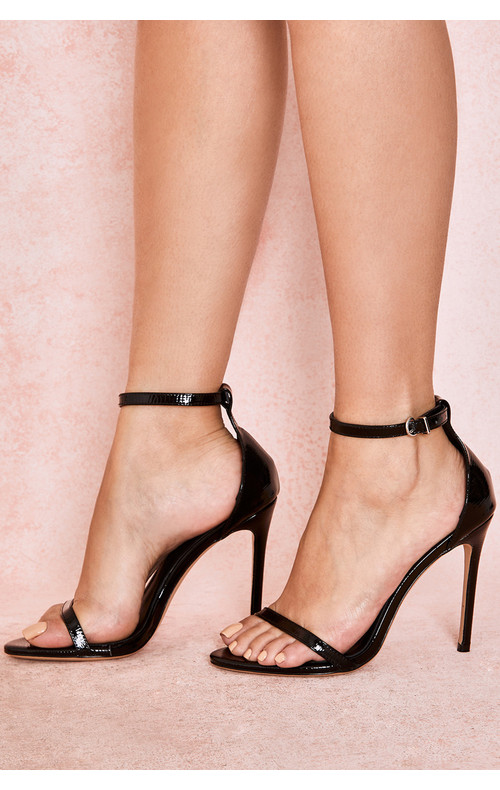 Marivel Black Textured Strap Sandals