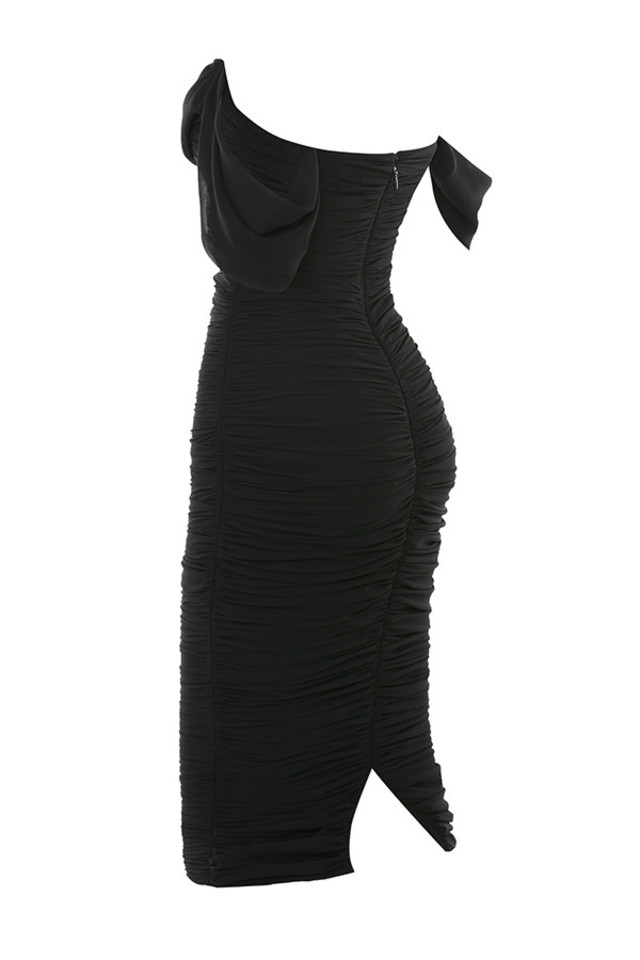 carlotta in black