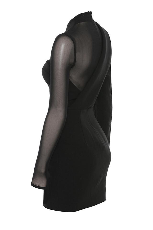 chelsea in black