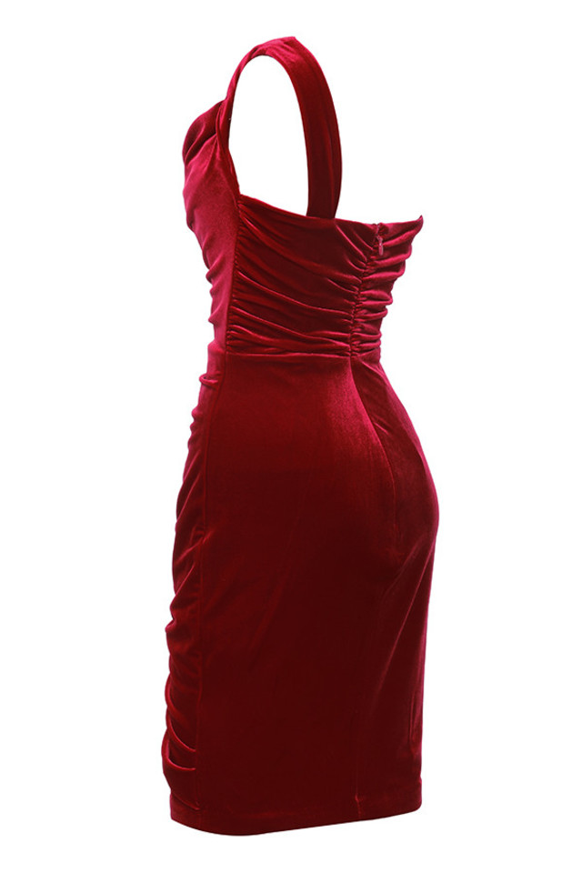 eliska in red