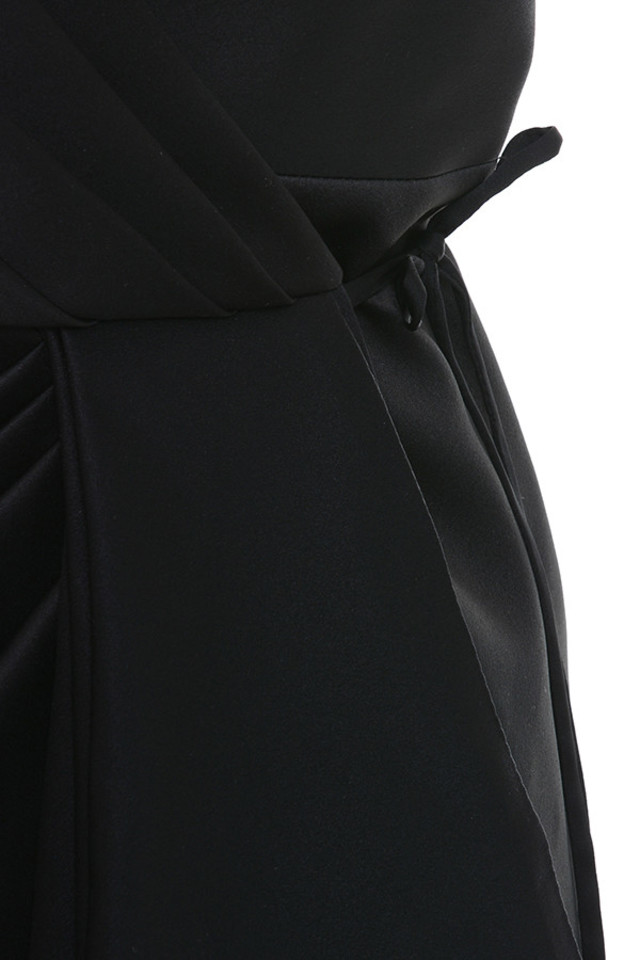black maryam dress
