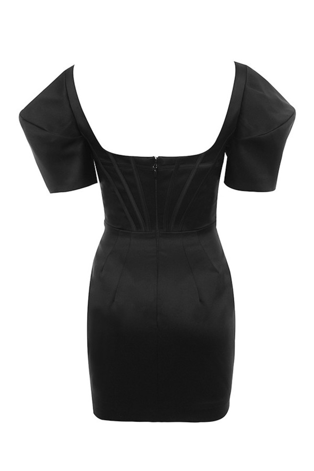 niladi dress in black