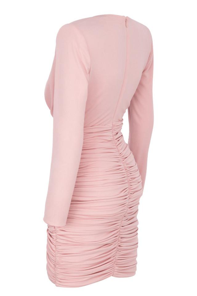 gigiana in pink