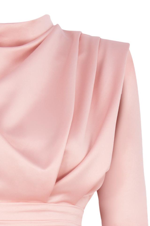 pink samia