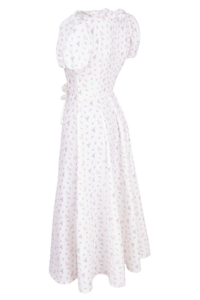 lina in white