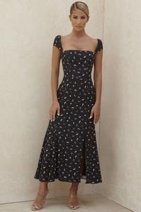 Jaqueta Black Floral Midi Dress